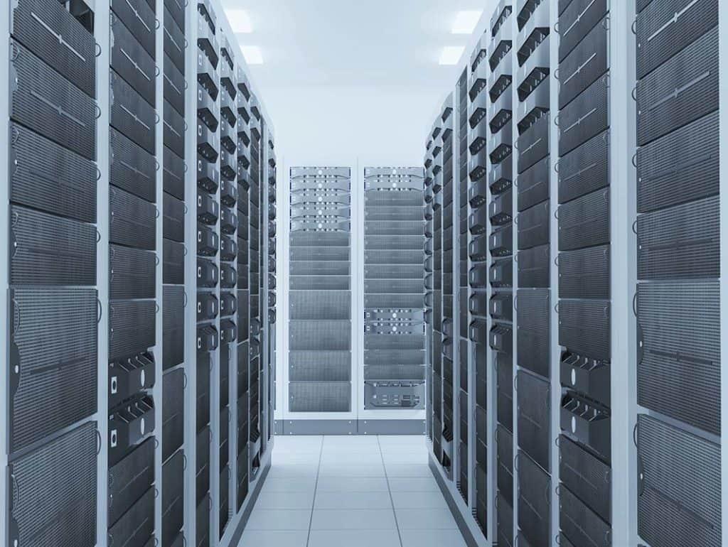 сървърна стая в датацентър за облачен хостинг