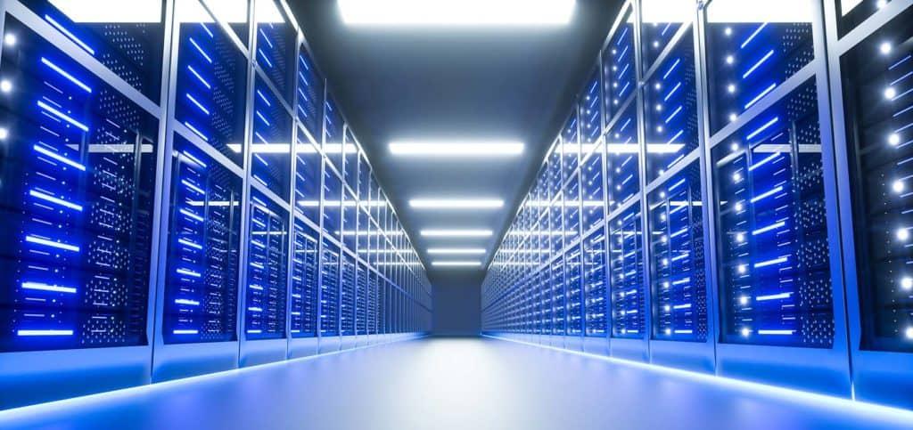 снимка на датацентър с VPS сървъри